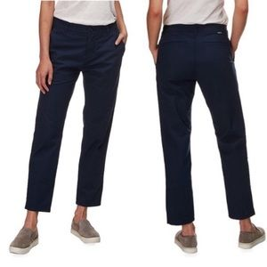 Patagonia navy blue stretch allwear cropped pants